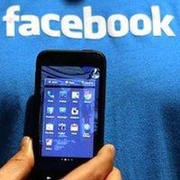 facebook-mobile Saturday Social: Facebook Mobile Payments, Smartphones Sales Rise